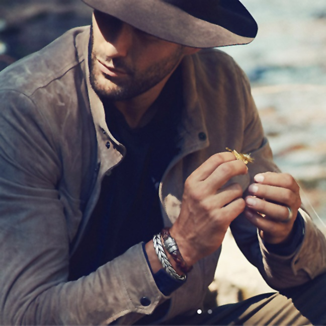 We fashion men like to accessorize and one of the accessories we see most on a dapper man is a bracelet, together with a nice watch of course. It is such a statement piece that shows off your style and sense of fashion.