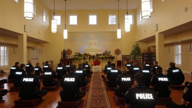 police-canada-meditation